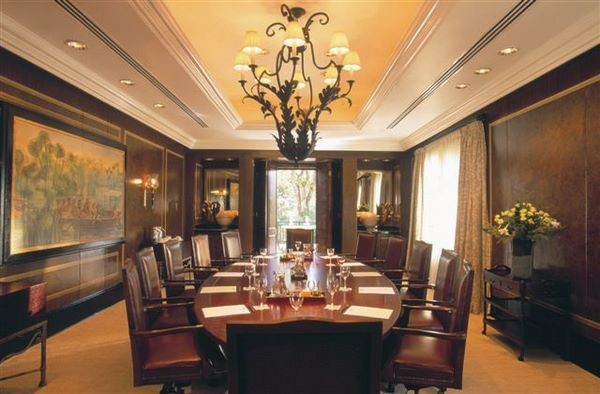 The Dragon's Board Room Package